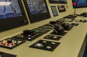 aidaprima-aidaperla-maschinenkontrollraum-18
